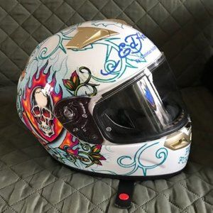 ED HARDY MOTORCYCLE HELMET BEAUTIFUL GRAPHICS SIZE MEDIUM